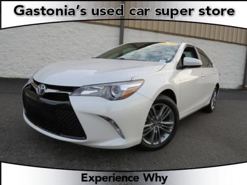 Pre-Owned 2015 Toyota Camry SE