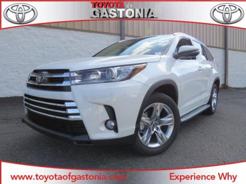 New 2017 Toyota Highlander Limited
