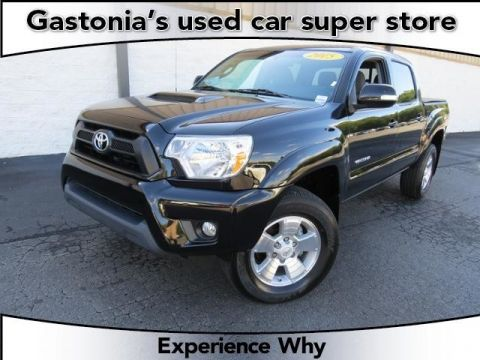 Certified Pre-Owned 2015 Toyota Tacoma  Short Bed