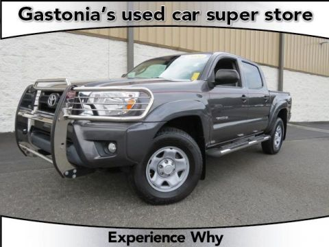 Pre-Owned 2014 Toyota Tacoma  Double Cab Pickup