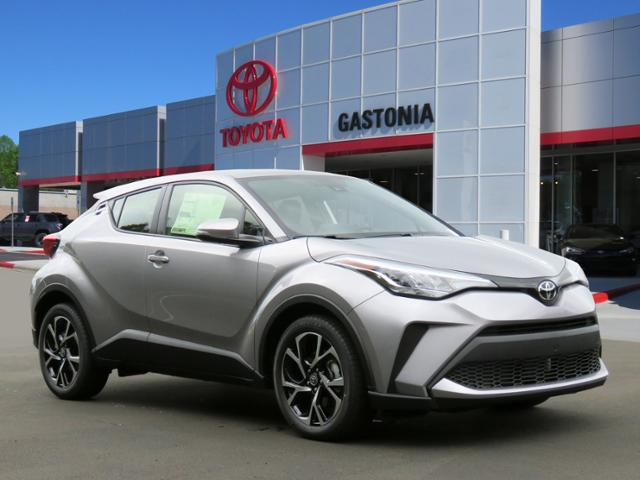 New 2020 Toyota C-HR XLE FWD (Natl)