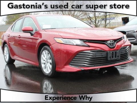 Pre-Owned 2019 Toyota Camry 4D Sedan FWD