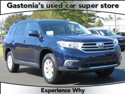 Pre-Owned 2012 Toyota Highlander 4D Sport Utility AWD