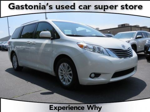 Certified Pre-Owned 2016 Toyota Sienna XLE With Navigation