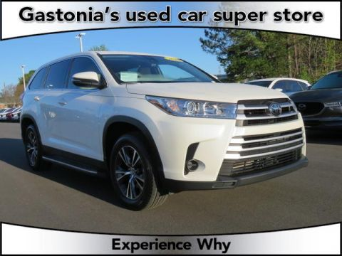 Certified Pre-Owned 2019 Toyota Highlander 4D Sport Utility FWD