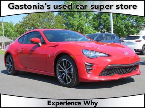 Pre-Owned 2017 Toyota 86 2D Coupe RWD