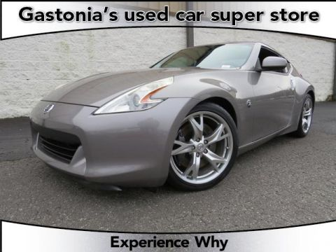 Pre-Owned 2009 Nissan 370Z